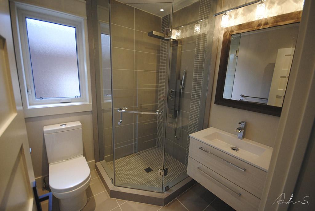 Main Bath 01a
